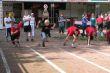 Entspanung und Dynamik beim Start des Zwischenlaufs der Jungen über 75 m