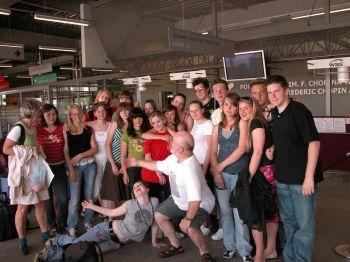 Abschied am Flughafen Warschau